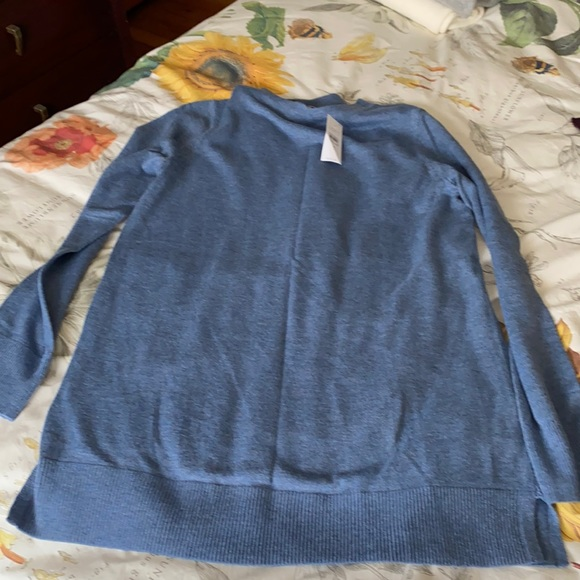 NWT Loft lightweight crewneck sweater with slits